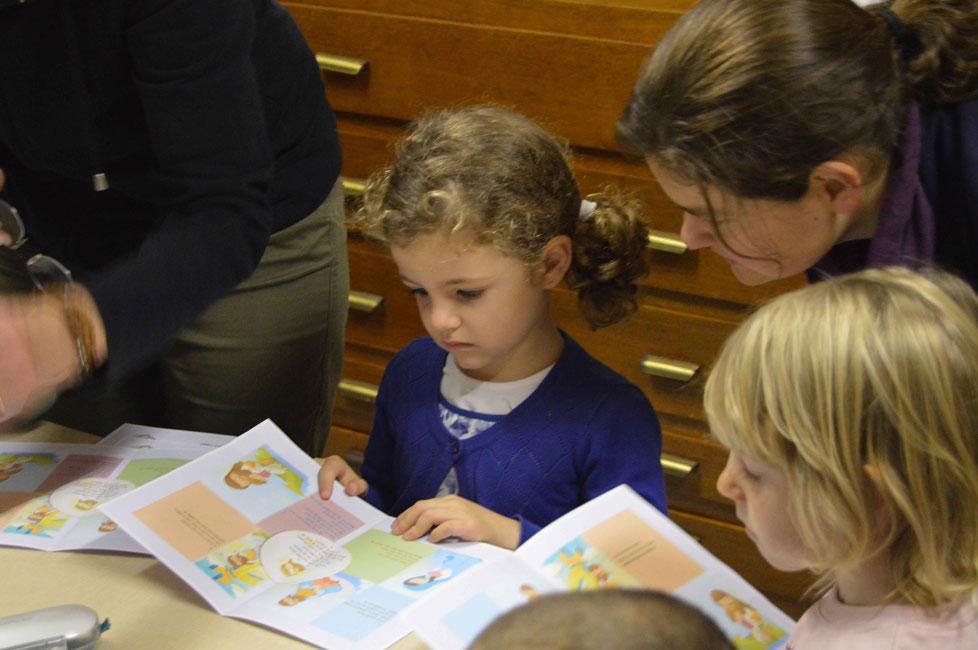Kleurplaten Eucharistie.Kinderen Bidden Voor Kinderen